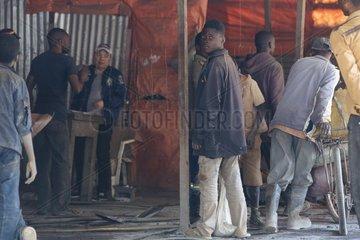 Illegaler Handel im Kleinbergbau in der Minenstadt Kolwezi