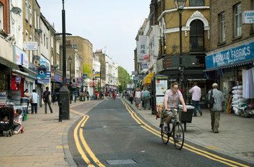 London  Grossbritannien  Einkaufsstrasse im Stadtteil Hackney Central