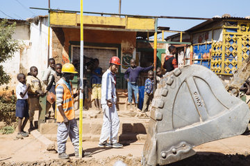 Strassenbauarbeiten in der Minenstadt Kolwezi