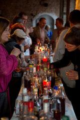 Posen  Polen  Verkostung von NALEWKA  einer alkoholischen Spezialitaet
