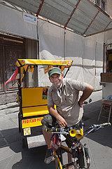 Rickshaw Driver - Pisa