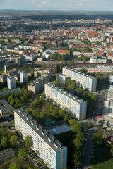 Breslau  Polen  Blick vom Sky Tower auf Wohnblocks in der Nachbarschaft