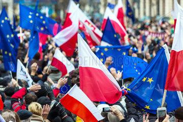 Posen  Polen  Demonstration gegen die Demontage des Rechtsstaats