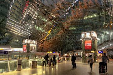 Frankfurt  Deutschland  Bahnhof der Deutschen Bahn AG am Flughafen Frankfurt