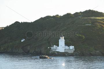 Falmouth  Grossbritannien  ein Leuchtturm am Falmouth-Fjord