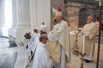 St. Blasien  Deutschland  Priesterweihe im Dom St. Blasius