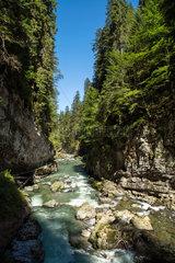 Oberstdorf  Deutschland  Wanderweg durch die Felsenschlucht Breitachklamm
