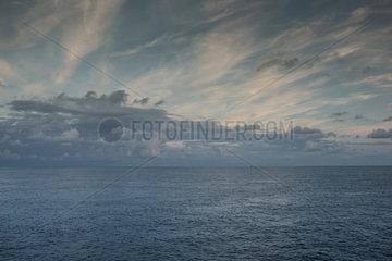 Deutschland  Wolken ueber der Nordsee