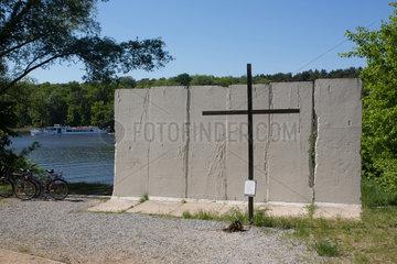 Potsdam  Deutschland  Mauer-Gedenkstaette am Griebnitzsee