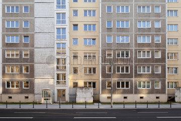 Berlin  Deutschland  Plattenbau der Russischen Botschaft in der Behrenstrasse