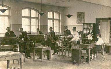 Buero  Mitarbeiter  1926