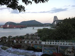 Souvenirstand bei Puente de las Americas