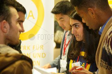 Berlin  Deutschland  Jobboerse fuer gefluechtete Menschen im Hotel Estrel