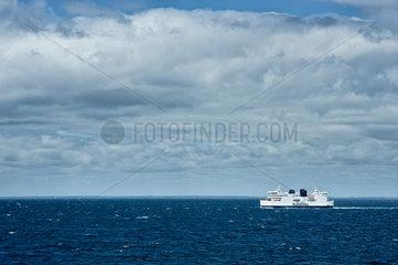 Puttgarden  Deutschland  eine Scandlines Faehre auf der Ostsee