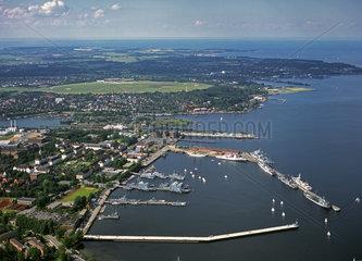 Kiel  Deutschland  Luftbild der Kieler Foerde mit dem Scheerhafen