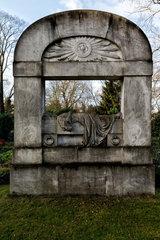 Berlin  Deutschland  Allegorisches Grabmal Familien von Falckenberg und Kuenitz