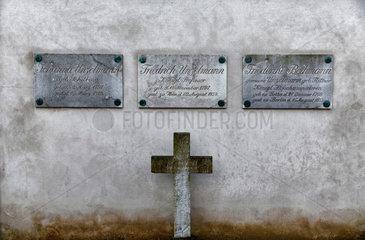 Berlin  Deutschland  Ehrengrab von Friedrich Unzelmann