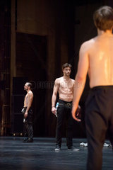 Bochum  Deutschland  Melez Festival  Tanzperformance SQUAT von Renegade