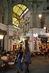 Bukarest  Rumaenien  die Macca Gallerien in der Altstadt Lipscani