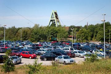 Marl  Deutschland  Mitarbeiterparkplatz vor dem Bergwerk Auguste Viktoria  Schachtanlage AV 8