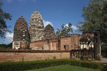 Sukhothai  Thailand  Prang des Wat Sri Sawai im Geschichtspark Sukhothai