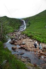 Sligachan  Grossbritannien  Gebirgsbach auf der Isle of Skye