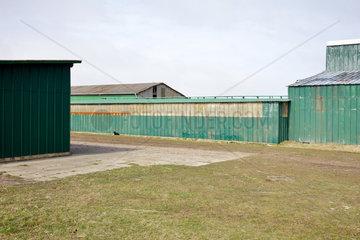 Westerhever  Deutschland  Stallanlage auf einem Bauernhof