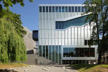 Berlin  Deutschland  Neubau der Koeniglich Niederlaendischen Botschaft von Rem Koolhass