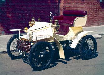 Vauxhall 5 hp motor car  1903.
