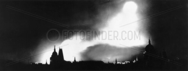 Bombs lighting the night sky over London during the Blitz  26 August 1940.