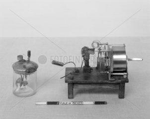Hughes Clockwork interruptor