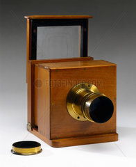 Dry collodion plate camera  c 1860.