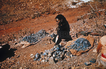 Woman at asbestos mine  South Africa  1955-1960.