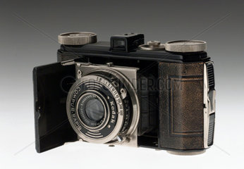 Kodak 'Retina 1' camera with Compur rapid shutter  1935.