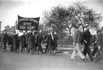 Hunger marchers from Manchester  23 Februar