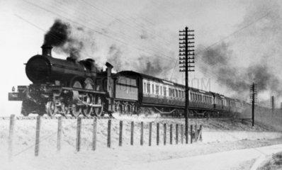 Star Class 4-6-0 steam locomotive  west of Twyford.