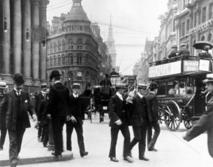 Mansion House  London  c 1905. Photograph s