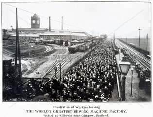 Workers leaving the Singer Sewing Machine Factory at Kilbowie  c 1900.