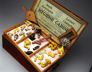 Hygiene Demonstration Cabinet  English  1895.