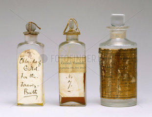 Set of chemicals for the wet-plate process