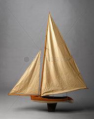 Bermuda Racing Dinghy  late 19th century.