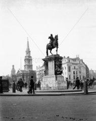 Statue in Trafalgar Square  London  c 1910s