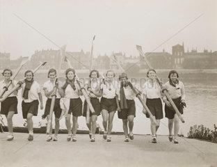 Rowing girls at Barnes  30 January 1932.