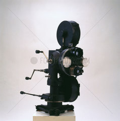 35mm two-colour cine camera  1923-1926.