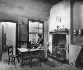 Diorama of anearly 19th century kitchen  c 1830.
