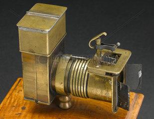 Skaife's pistolgraph camera  1858.
