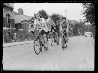 The Labour League of Youth Cycling Club set off on an outing  1938.