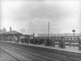 Commuters at the GWR's Southall Station  London  c 1907.