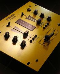 Synergy 'Hybrid' sound mixer  1999.