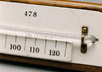 Minimum thermometer 1861-1870.